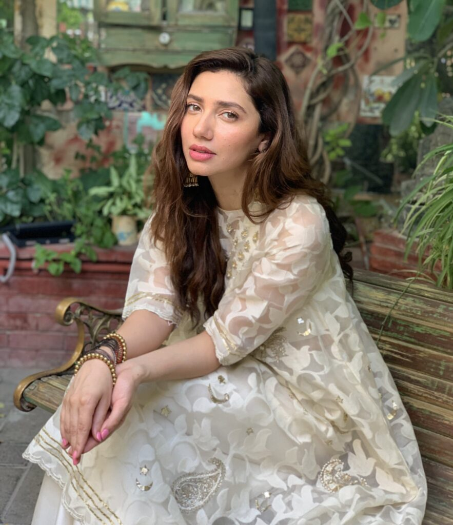 The sweet looks of Mahira Khan on Eid-ul-Fitr in 2019.