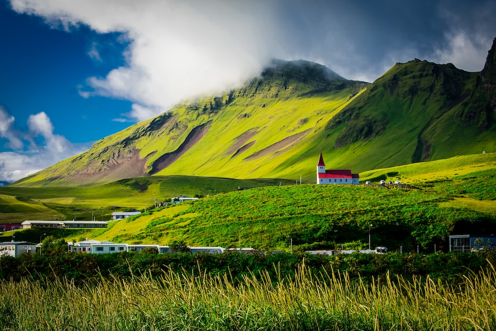 iceland opens for travelling